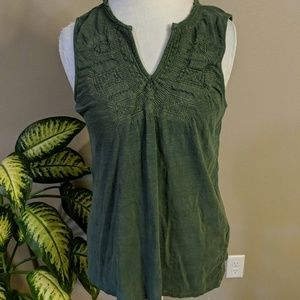 Lucky Brand emerald green embroidered tank top